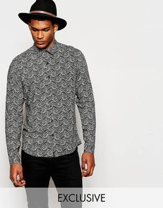 I've shown you guys a few paisley numbers before. But this monochrome shirt has to be my fave so far. A great shirt for a night out. I'd wear this with black jeans and black brogues.