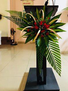 Contemporary Flower Arrangements, Tropical Floral Arrangements, Creative Flower Arrangements, Flower Arrangement Designs, Funeral Flower Arrangements, Altar Flowers, Church Flowers, Funeral Flowers, Beautiful Flowers
