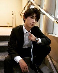 Male Pose Reference, Ryo Yoshizawa, Preppy Boys, Professional Photo Shoot, Cute Love Stories, Photo Work, Japanese Boy, Asian Boys, Boyfriend Material