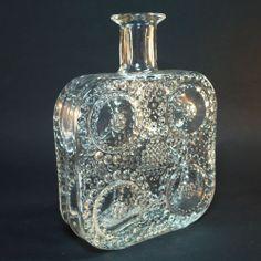 "Glas Vase ""Grapponia"" • design NANNY STILL • Riihimaki/ Riihimäen Lasi Glass Ceramic, Finland, Scandinavian, Glass Art, Perfume Bottles, Mid Century, Ceramics, Vintage, Beauty"