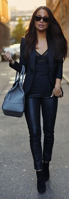 Black Skinny Leather Ankle Pants ~ 60 Great Winter Outfits On The Street - Style Estate -