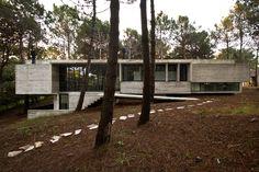 Casa Valeria / BAK Arquitectos