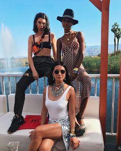 Jasmine Tookes and Kendall Jenner Kylie Jenner Coachella, Coachella 2018, Kendall And Kylie Jenner, Kardashian, Angeles, Kodak Film, Her Style, Supermodels, Cover Up