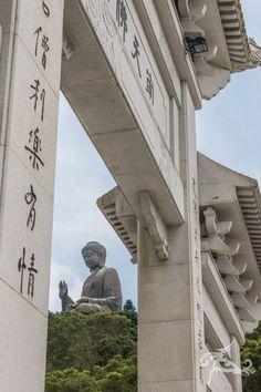 Reise mit in eine Stadt voller Gegensätze, in der schön und hässlich so nahe beieinander liegen. Hongkong ist absolut faszinierend und völlig anders.