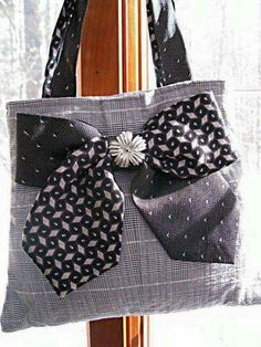 Items similar to Gray and white seersucker plaid tote bag made from men's suit coat and silk neck ties on Etsy Sewing Hacks, Sewing Crafts, Old Ties, Tie Crafts, Tie Quilt, Fabric Bags, Handmade Bags, Bag Making, Purses And Bags
