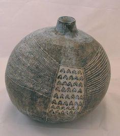 YO THOM (Japanese) - Round Hill Vase, ceramic, pottery