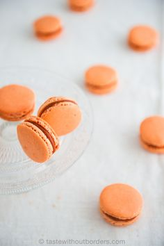 A few weeks ago I promised you to create a new recipe which should be inspired by my recent trip to Thailand. Tadaaa … here it is: Thai ice tea macarons! During my round trip in Thailand the …