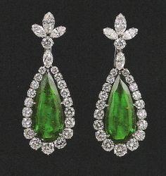 Elizabeth Taylor's emerald earrings