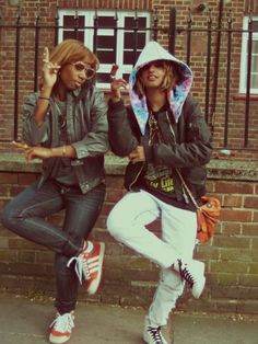 2 of the most badass girls out there...MIA N SANTIGOLD