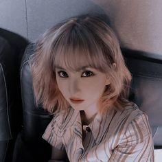 Kpop Aesthetic, Aesthetic Girl, Korean Girl Photo, Cha Eun Woo Astro, Role Player, Iphone Background Wallpaper, G Friend, K Idol, Girl Photos