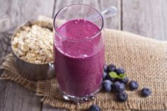 8 Homemade Detox Smoothies to Cleanse Your System | RiseEarth