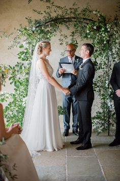 For those that feel a little rain will ruin your big day, allow us to showcase the prettiest villa wedding that just so happened to be a backup plan. A quick Plan B quickly had this couple under cover. Rain Wedding, Indoor Wedding, Joanna August, Floral Backdrop, Event Planning Design, Ordinary Lives, Groom Attire, Big Day, Backdrops