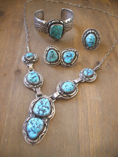 Rare 4-piece Kingman Turquoise Parure SET by Navajo Artisan FRANCES BEGAY, Sterling Silver, Necklace, Ring, Earrings, Bracelet