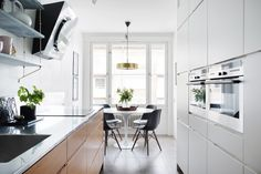Design chairs we love - Stil Inspiration Kitchen Interior, Kitchen Inspirations, Interior, Home, Kitchen Remodel, Kitchen Decor, House Interior, Minimalist Home Decor, Home Kitchens