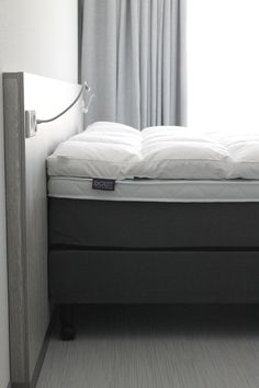Mainport Signature Bed ...by DOUX