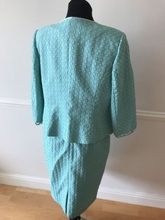 Dress Code By Veromia Mother Of The Bride/Groom Mint Green Outfit Size 18 Mother Of The Bride Gown, Mother Bride, Mint Green Outfits, Dress Codes, Bride Groom, 18th, Gowns, Pullover, Sweaters
