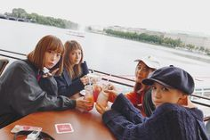 """11.3 mil Me gusta, 32 comentarios - SCANDAL (@scandal_band_official) en Instagram: """"We came back to Japan! 弾丸ドイツ遠征から戻ってきました🇩🇪✈︎ 今年は海外は行かないと思ってたのにやはり色々と縁があります。次はきっとツアーで!See you again!!"""""""