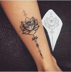 tattoo lotus flower, tattoo on ankle woman, lotus flower open on white - Tattoos - Tatuajes Hand Tattoos, Neue Tattoos, Forearm Tattoos, Body Art Tattoos, Small Tattoos, Sleeve Tattoos, Cool Tattoos, Tatoos, Unalome Tattoo