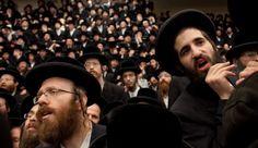 Judíos ultra-ortodoxos- El regreso de los partidos políticos ultraortodoxos o haredi a la coalición después de casi dos años en el desierto de la oposición ha dado lugar a muchas predicciones sombrías sobre la integración de los judíos ultra-ortodoxos en el mercado laboral.