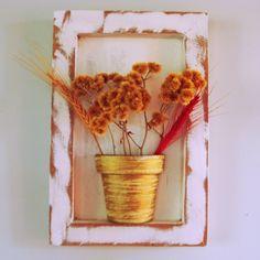 Quadro com flores secas                                                                                                                                                                                 Mais