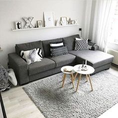 38 Stunning Scandinavian Living Room Design Ideas Nordic Style - Popy Home Tiny Living Rooms, Living Room Modern, Living Room Interior, Home Living Room, Apartment Living, Living Room Decor, Cozy Living, Nordic Living Room, Interior Design For Small Living Room