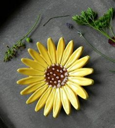 Excited to share the latest addition to my shop: Sunflower Ceramic Ring Dish Flower Pottery Jewelry Plate Home Decoration Yellow with Brown Trinket Dish Christmas Gift for Her Ceramic Jewelry, Ceramic Clay, Ceramic Pottery, Pottery Art, Pottery Gifts, Slab Pottery, Ceramic Decor, Pottery Bowls, Clay Flowers