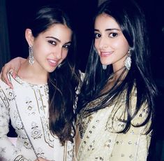 Sara Ali Khan and Ananya Panday looked elegant in their white and silver traditional outfits. Bikini Pictures, Bikini Photos, Bollywood Celebrities, Bollywood Actress, Bollywood Couples, Indian Celebrities, Beautiful Indian Actress, Beautiful Actresses, Badminton Photos