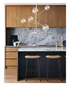 | T h i s • K i t c h e n | 🙏🏻 source: pinterest #kitchen #stone #barchairs #lamp #wood #lovekitchen #likeit #loveit #interior #homedesign #inspiration #instagood #Aksel6LightPendant