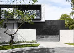 Project designed and built by mckimm, is a modern residential family home in Melbourne that utilises natural materials and contemporary architecture. Residential Architecture, Contemporary Architecture, Architecture Design, Sage House, Duplex House Design, Facade House, House Front, Building Design, Decoration