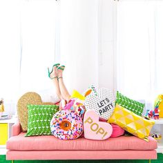 i need all of these pillows.
