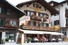 Swiss chalet in Grindelwald, one of the four towns I recommend you include in your Switzerland itinerary / Click the photo to read Switzerland Itinerary, Switzerland Cities, Switzerland Vacation, Visit Switzerland, Grindelwald Switzerland, Swiss Travel Pass, Swiss Chalet, European Destination, European Vacation
