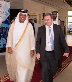Sheikh Saud bin Saqr Al Qasimi at the Ras Al Khaimah Center for Advanced Materials  (RAKCAM) with Professor Anthony Cheetham.