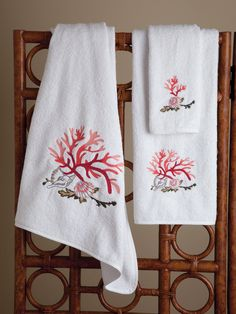 Seascape - Bath Collections - Embroidered coral and seashells bring nature's wonders of the deep to the surface of lush, plush cotton terry towels, 600 grams per square meter