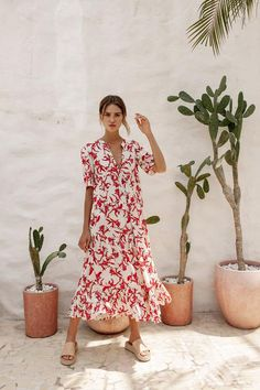 Slow Fashion, Fashion 2020, Smock Dress, Dress Skirt, Bird Kite, Cute Summer Dresses, Feminine Dress, Skirt Outfits, Summer Looks