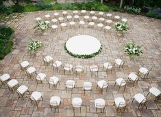 Wedding Venues Here are 75 of our favorite ideas to make your wedding celebration super memorable and totally unique. - It's all in the details, baby. Wedding Table Centerpieces, Flower Centerpieces, Centerpiece Ideas, Tall Centerpiece, Wedding Decoration, Chic Wedding, Wedding Events, Farm Wedding, Wedding Tips