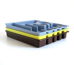 New to LaurasLastDitch on Etsy: Rubbermaid Flatware Organizer Silverware Tray Brown Blue Gray Bright Yellow (14.99 USD)