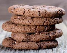 Cookies au Nutella® sans beurre ni huile : http://www.fourchette-et-bikini.fr/recettes/recettes-minceur/cookies-au-nutellar-sans-beurre-ni-huile.html