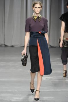 How to wear this season's high waisted skirt: Antonio Marras RTW Fall 2012 #lookbook #fashion