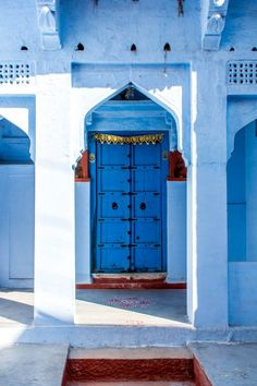 Photo essay about the streets and people of the Blue City of Jodhpur, Rajasthan, India - A blue door - Lost With Purpose India Culture People В нашем блоге гораздо больше информации India Architecture, Ancient Greek Architecture, Cultural Architecture, Gothic Architecture, Jodhpur, Morocco Travel, India Travel, India Trip, India Culture