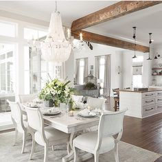 Kitchen/dining with beams