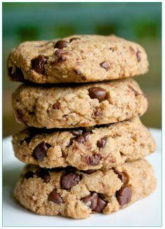 Helyn's Healthy Kitchen: Chewy Chocolate Chip Cookies. Vegan, Grain-free and Oil-free.