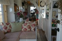 This is Michelle's Pawsitively Tiny House near Columbus, Ohio. Michelle went tiny after spending a year living in a boat in New York City! Her small space allows her to spend time with family…