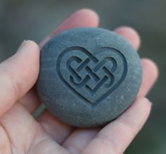 Símbolo de corazón  nudo Celta  Celta del amor por sjengraving