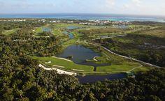 Campo de Golf The Lakes busca espacio