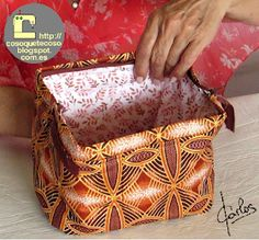 Diy Purse, Wallet Pattern, Patch Quilt, Zipper Bags, Leather Wallet, Sewing Patterns, Patches, Diy Crafts, Fendi