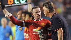 Liệu Van Gaal có để Rooney ngồi trên hàng ghế dự bị