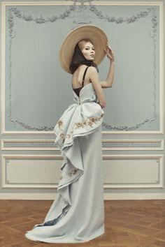 Ulyana Sergeenko Couture lookbook |Spring 2013 - Czytaj, nie pytaj! - Style, trendy, inspiracje, pomysły, nowości obejmujące takie gatunki jak moda