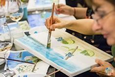 Art & Hobby Studio te invită vineri, 10 iulie 2020, la evenimentul Wine & Paint Night Out pe terasa Art & Hobby Studio. Ora: 19:00 Durata: 1h30min Nu îti face griji dacă nu ai mai pictat până acum. Acest eveniment este o ocazie ideală: – să înveți lucruri noi – să te deconectezi de grijile cotidiene – să te relaxezi prin artă – să cunoști persoane noi – să socializezi – să te bucuri de un vin bun Wine And Paint Night, Wine Painting, Night Out, Art, Art Background, Kunst, Performing Arts, Art Education Resources, Artworks