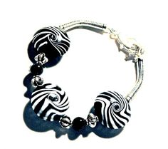 Handmade Lampwork Bracelet black white LB0491