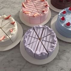 Image about pink in DOCE SABOR by Fenix Borges Pretty Birthday Cakes, Pretty Cakes, Cute Desserts, Dessert Recipes, Mini Cakes, Cupcake Cakes, Picnic Cake, Simple Cake Designs, Pastel Cakes